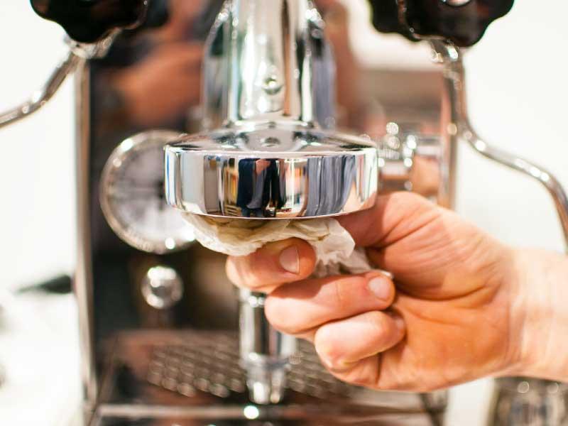 Espressomaschine reinigen und pflegen