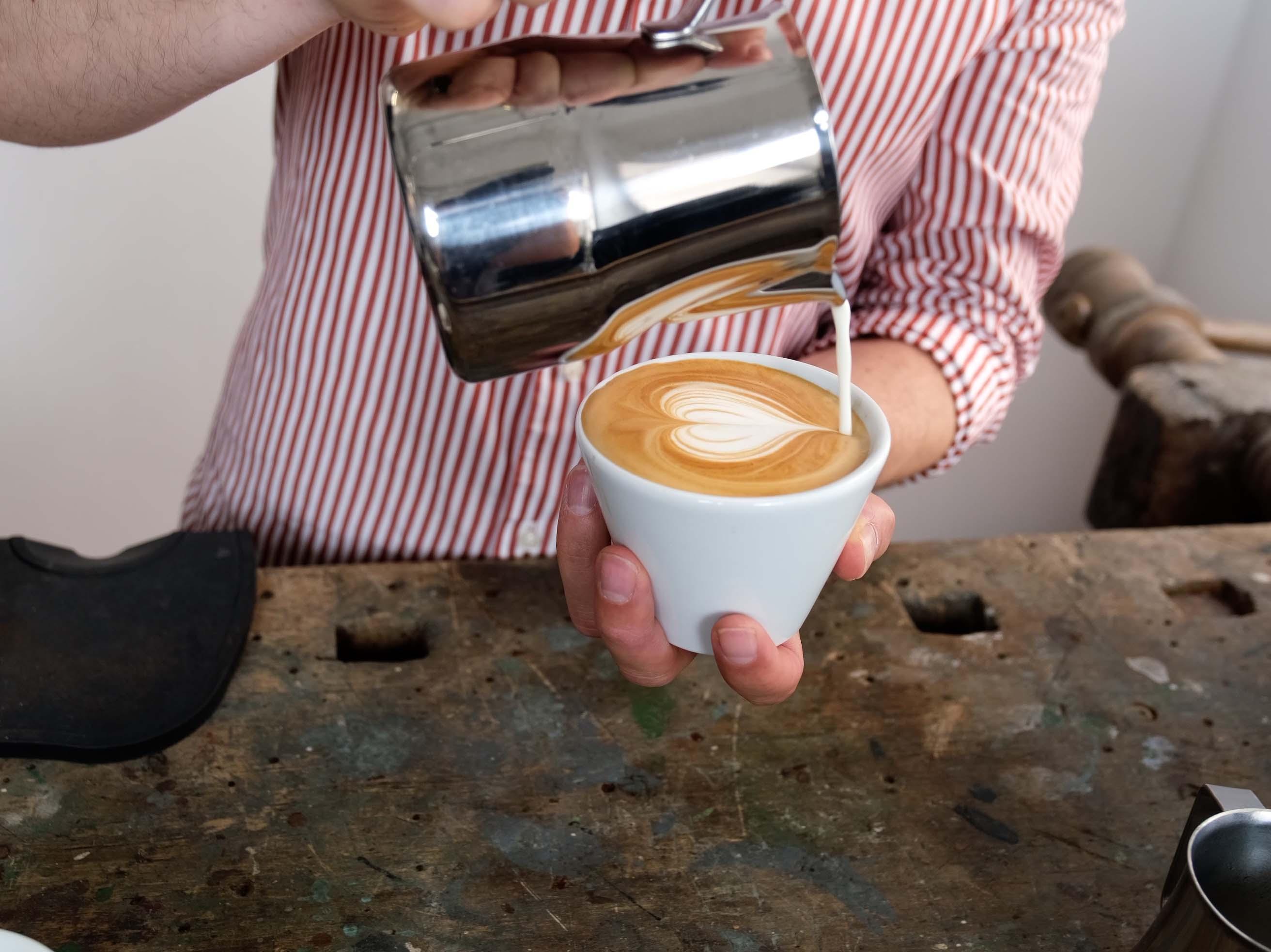 Cappuccino mit der Lelit Mara X